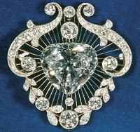 broche-cunillan-V-1.jpg